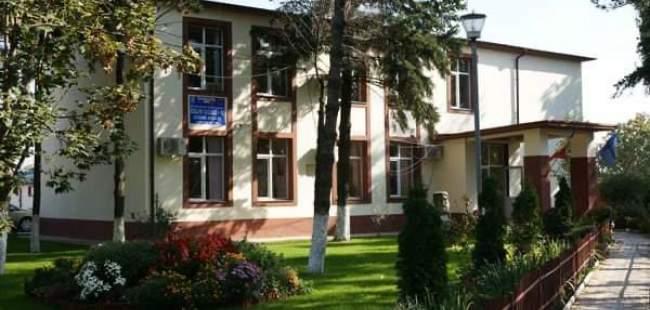 Centrul de cursuri Bucuresti (Alina Sava)